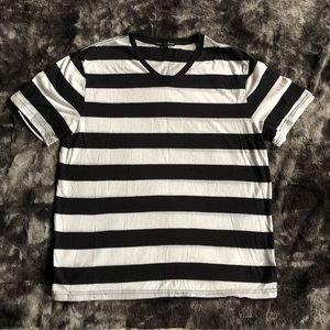 b&w striped tee